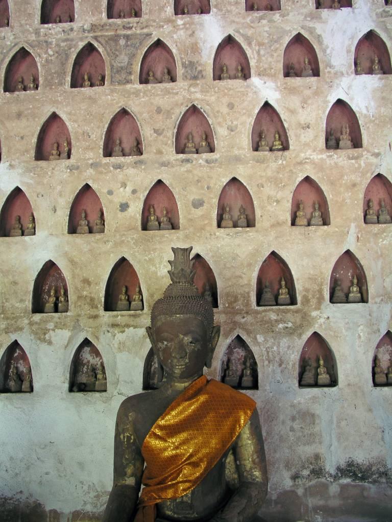Vientiane, Sisaket Tempel