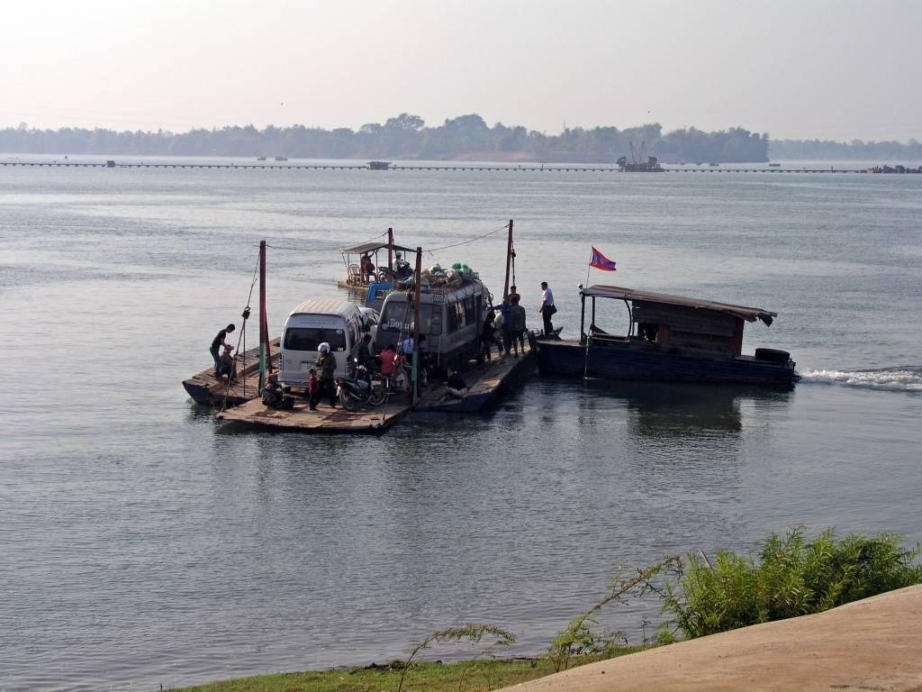 Ban Hat, die Fähre über den Mekong