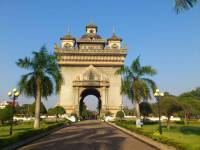 Vientiane, Patuxay Monument