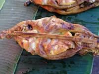 Ban Napông, Hähnchen auf laotisch am Straßenrand
