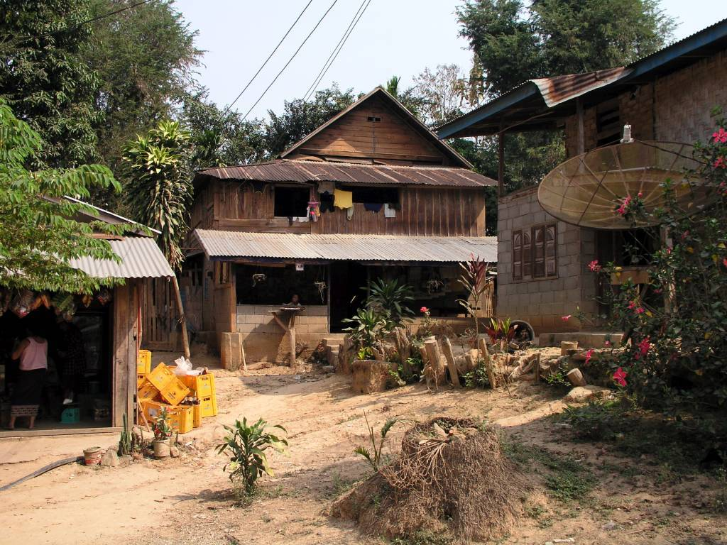 Ban Souan, Dorfszene