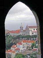 Blick vom Castelo de Sao Jorge auf die Kirche Nostra Senora da Graca