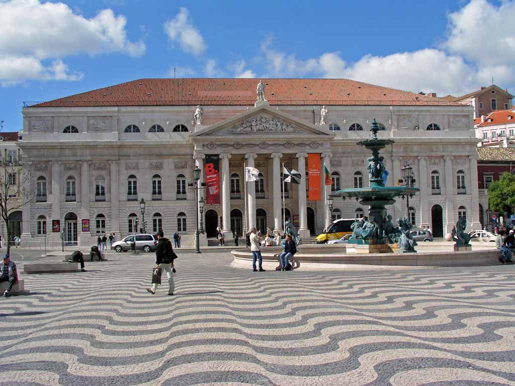 Das Teatro Nacional Dona Maria II am Rossio