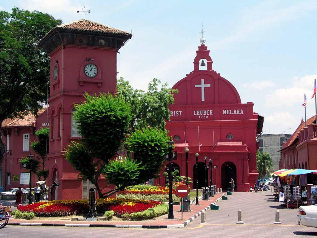 Der Tang Beng Swee Clock Tower und die Christ Church von Malakka / Melaka