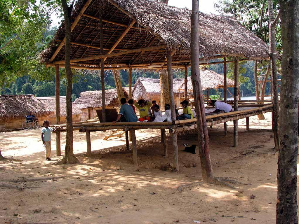 Schule in einem Dorf der Ureinwohner, der Orang Asli