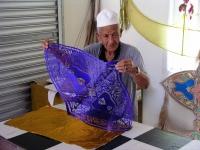 Einer der letzten Drachenbaumeister Malaysias in der Nähe von Kota Bharu