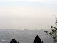 Blick vom Penang / Pinang Hill auf das dunstige Georgetown