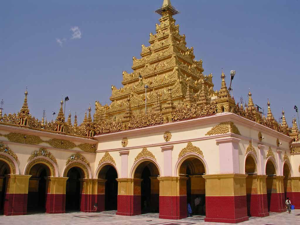 Mandalay, in der Mahamuni Pagode