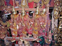 Mandalay, Verkauf handgemachter Marionetten