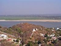Sagaing, Aussicht in Richtung Ayeyarwady Fluss und Mandalay