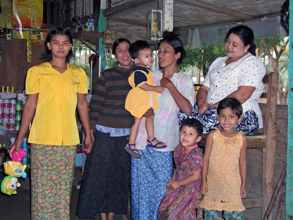 Sittwe, Familie