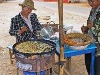 Pyin U Lwin, Imbiss Verkäuferin