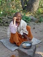 Hpo Win Daung Höhle, alte Nonne