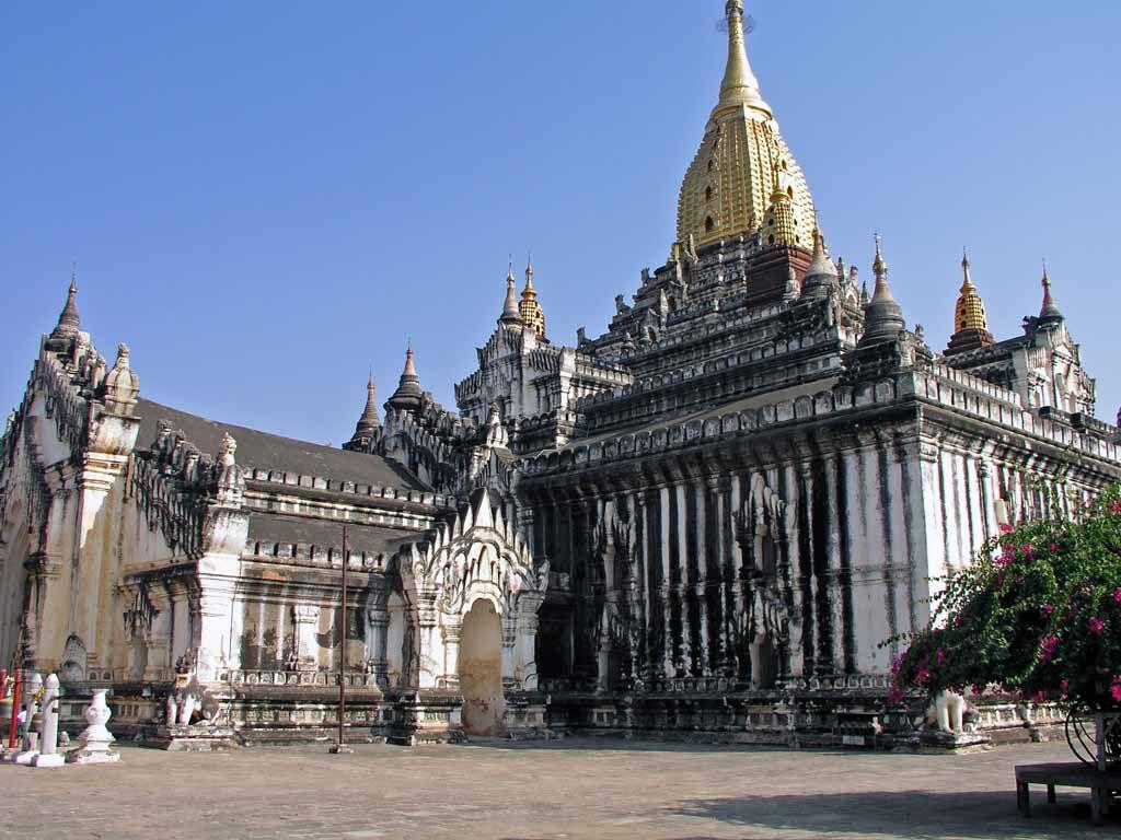 Bagan, der Ananda Tempel