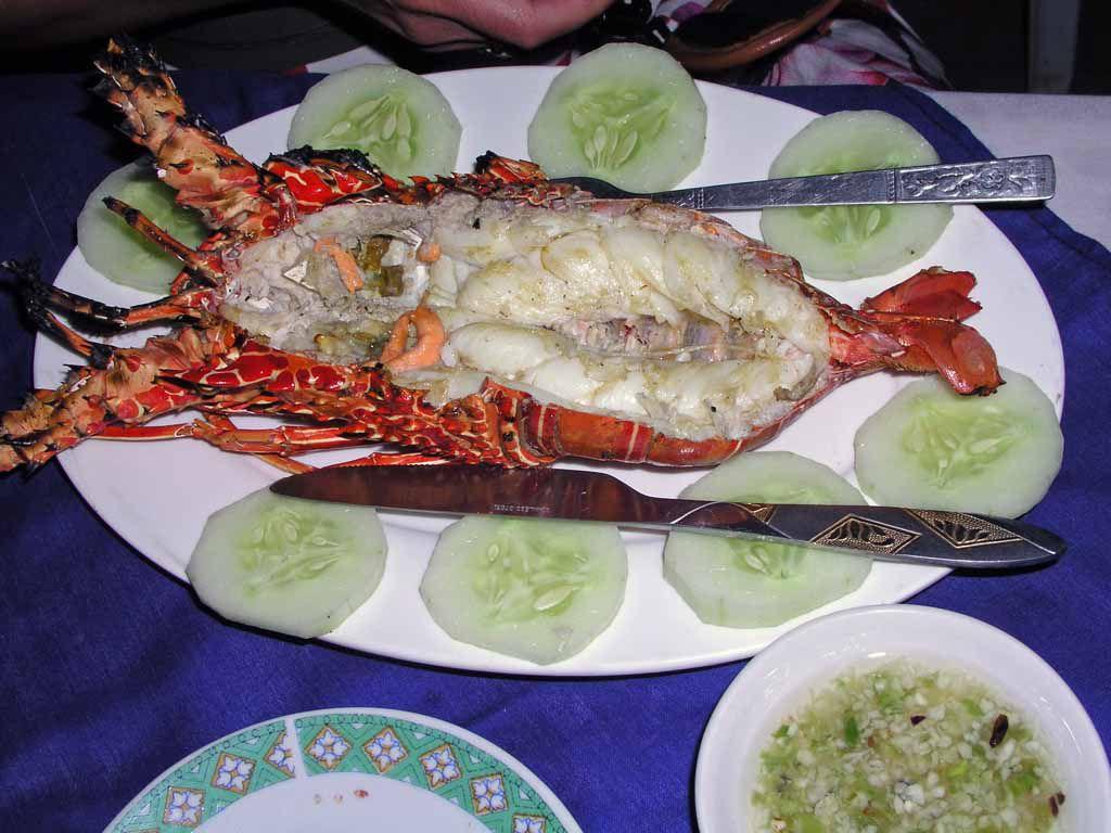 Ngwe Saung, Lobster im Restaurant Wine Wine Lae