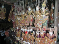 Mandalay, in einem Marionetten Geschäft