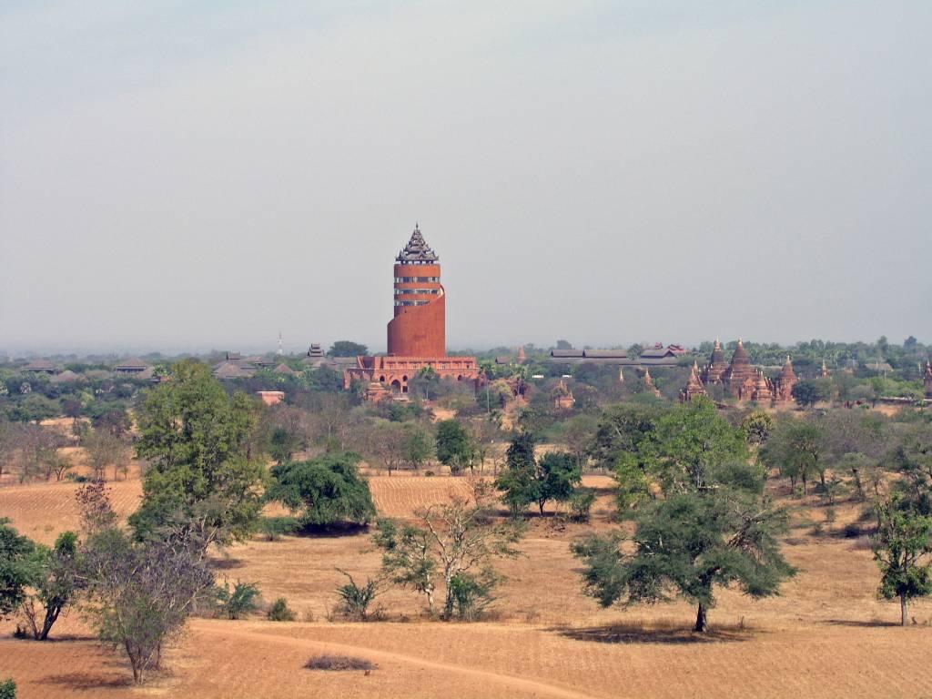 """Nyaung U, Bagan, """"die Schande von Bagan"""""""