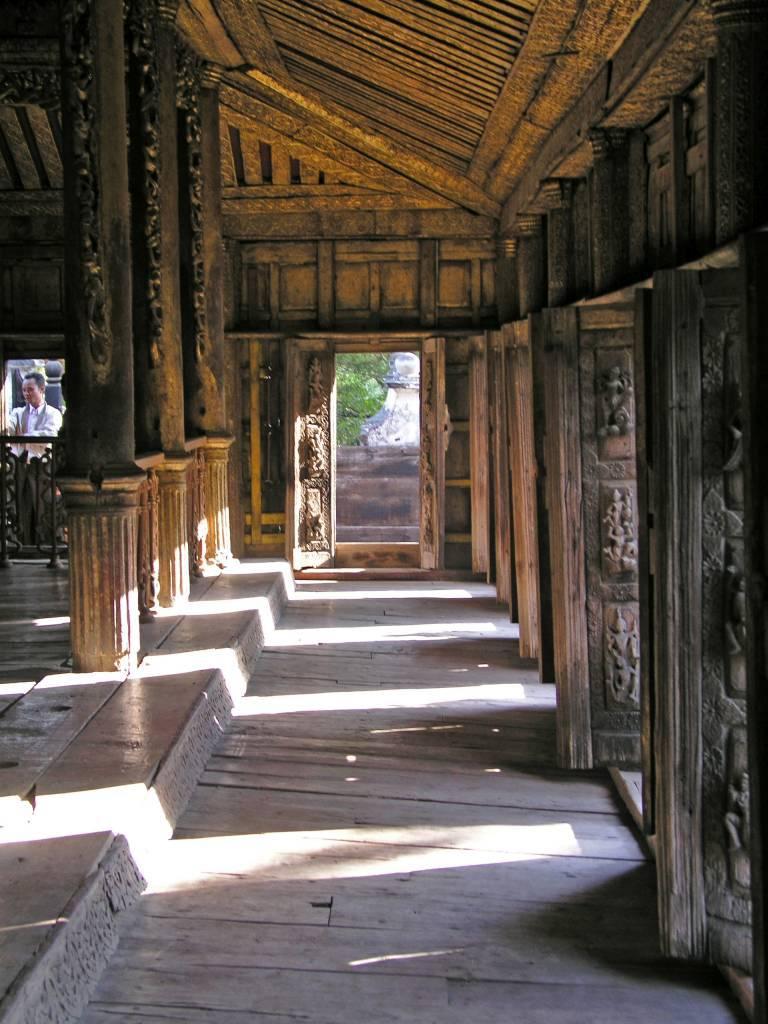Mandalay, Shwenandaw Kloster