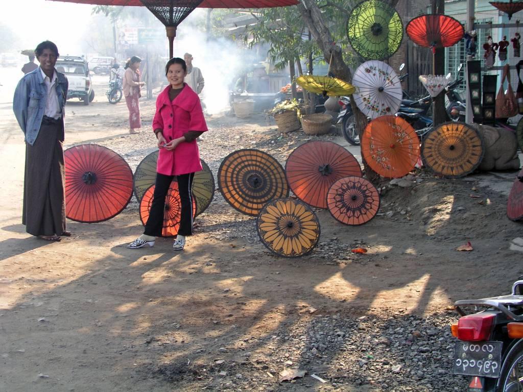 Mandalay, Schirmverkauf