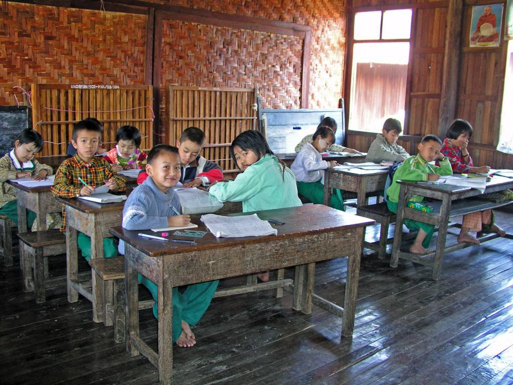 Taunggyi, Inle See, Schule