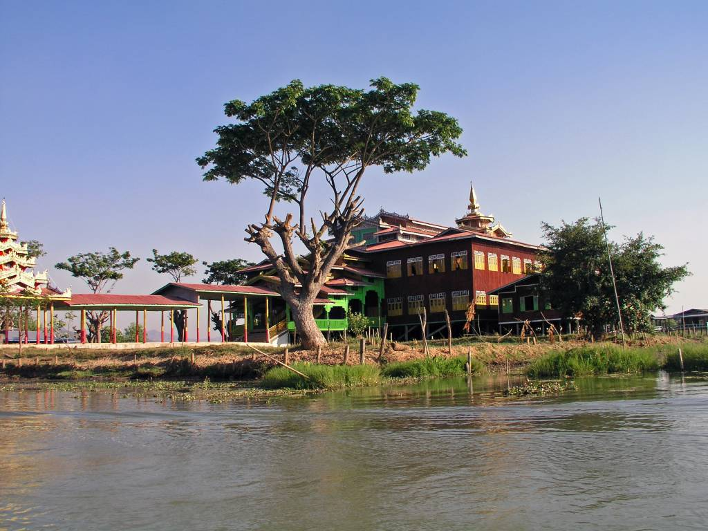 Taunggyi, Inle See, Kloster