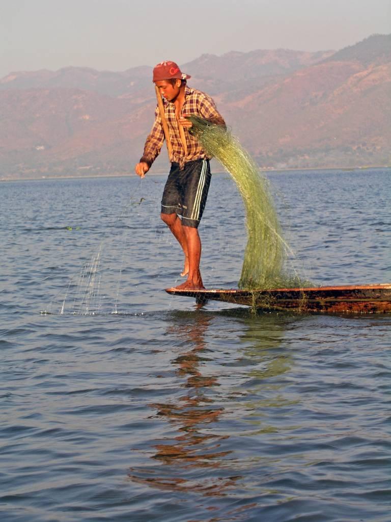 Taunggyi, Inle See, Einbeinruderer