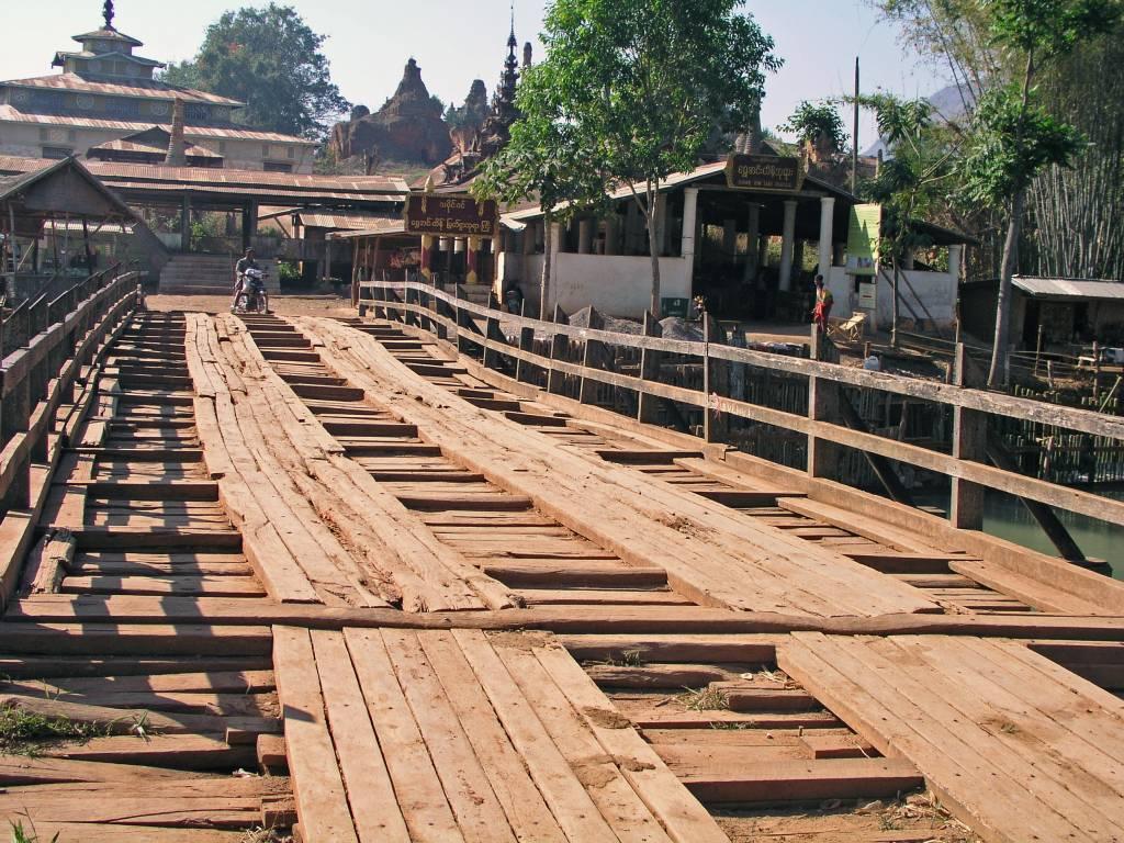 Taunggyi, Inle See, Brücke