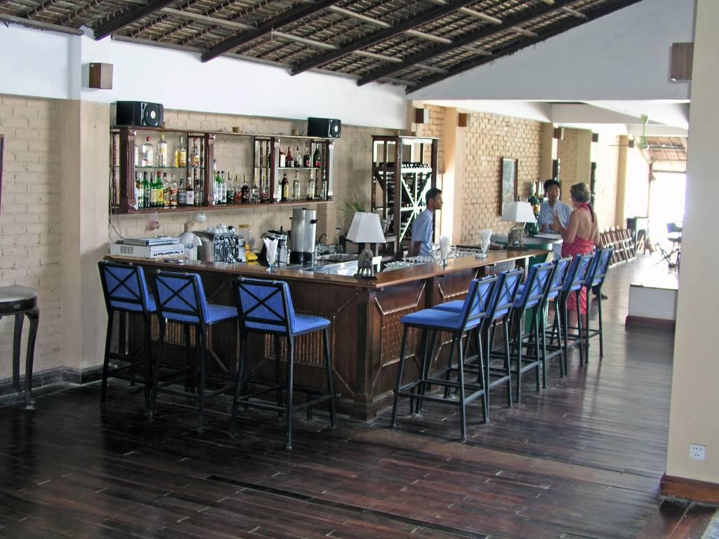 Ngwe Saung, Palm Beach Resort, Bar