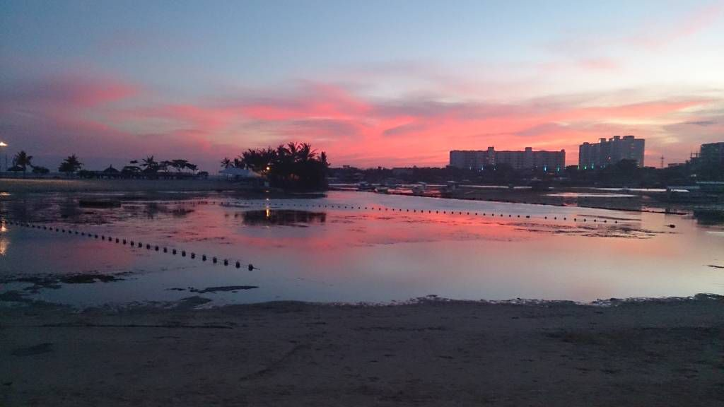 Bluewater Maribago Hotel, Sonnenuntergang