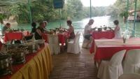 Loboc Fluss, Picknick auf dem Boot