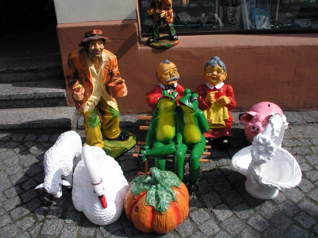Bad Polzin (Połczyn-Zdrój), Figuren in der Fußgängerzone