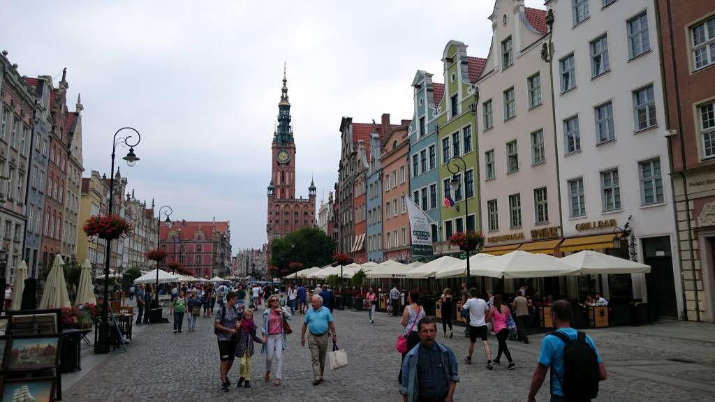 Danzig (Gdańsk), Langer Markt mit Rathaus