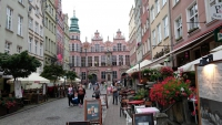 Danzig (Gdańsk), Jopengasse mit großem Zeughaus