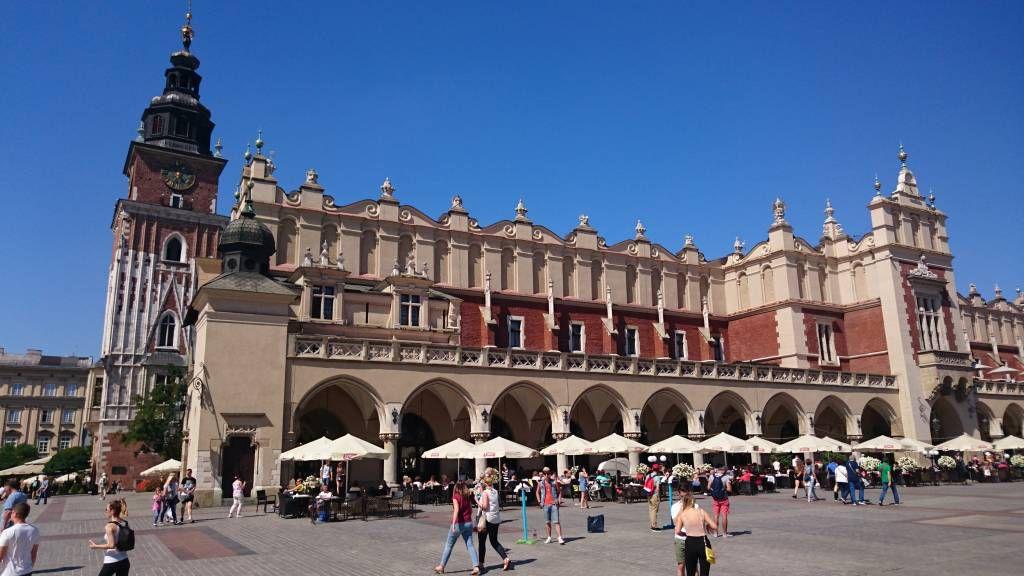 Krakau, Kraków, Hauptmarkt mit Tuchhallen
