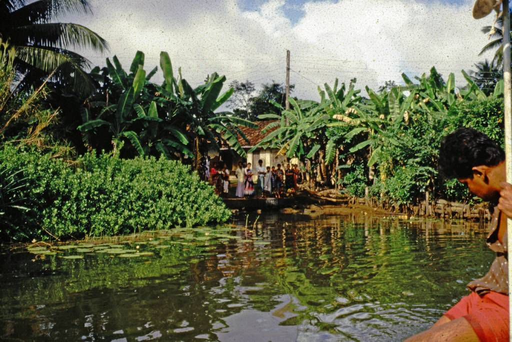 Bentota Fluss, Dorf