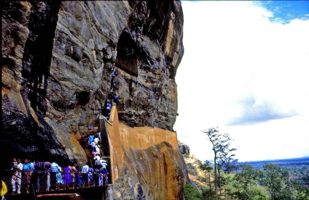 Sigiriya Felsen, zu den Wolkenmädchen