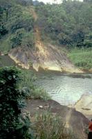 """Pitawala, hier wurde der Film """"Die Brücke am Kwai"""" gedreht, an dieser Stelle stand die Brücke"""