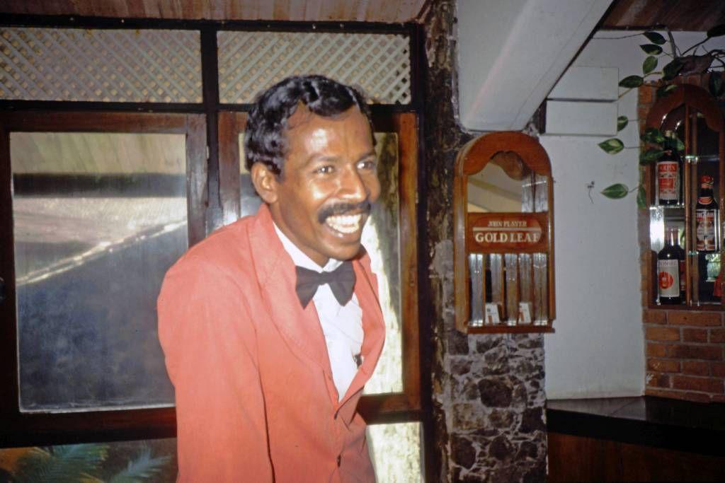 Koggala Beach Hotel, Barkeeper