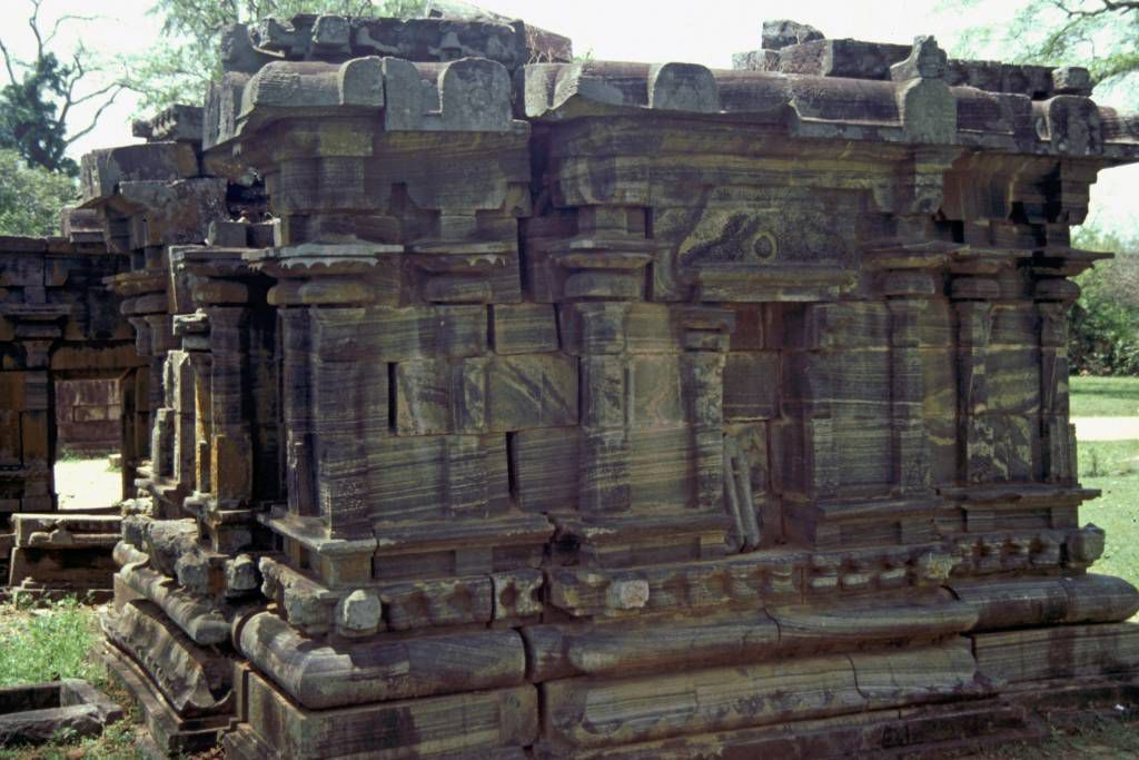 Polonnaruwa, Tempel