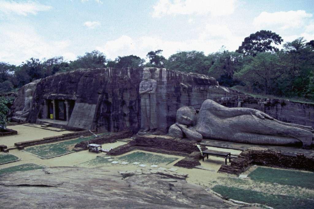 Polonnaruwa, Tempelanlage