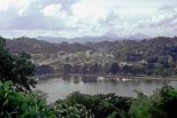Kandy, Blick vom Hotel Thilanka auf den Kandy See