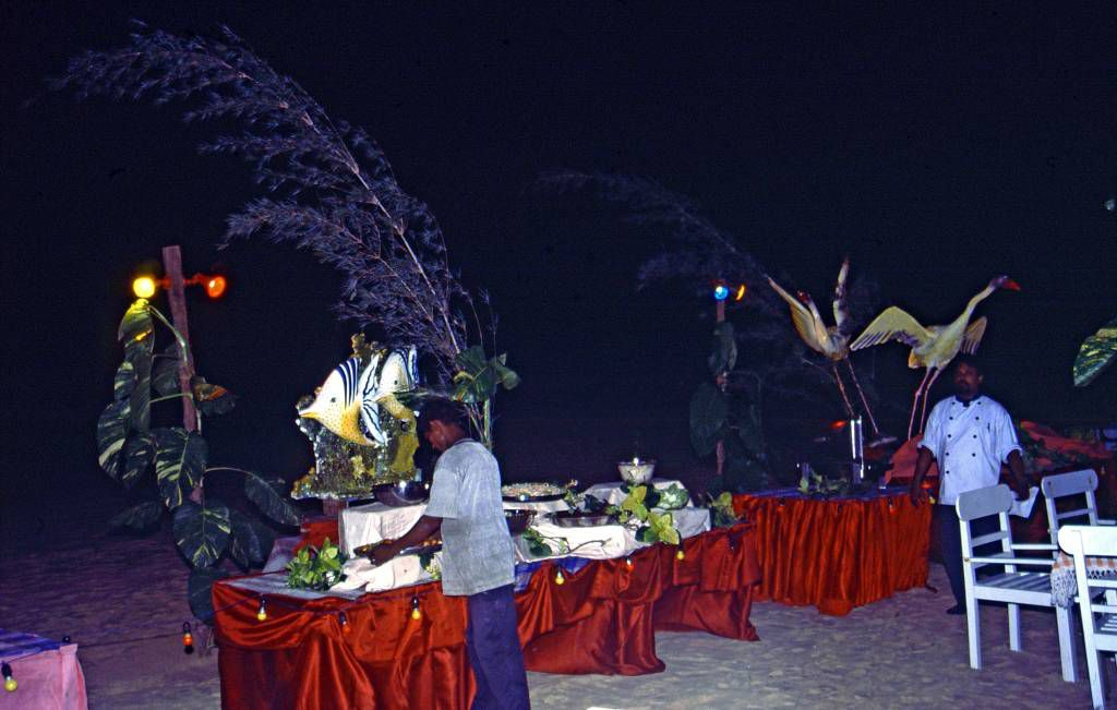 Koggala Beach Hotel, Buffet am Strand