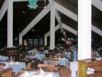 Im Speisesaal des Koggala Beach Hotels