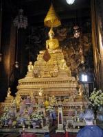 Buddhastatue innerhalb des Wat Pho