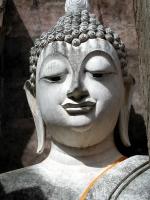 Gesicht des sitzenden Buddha im Wat Sri Chum in Sukhothai