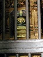 Der gesicherte Smaragdbuddha im Wat Phra That Lampang
