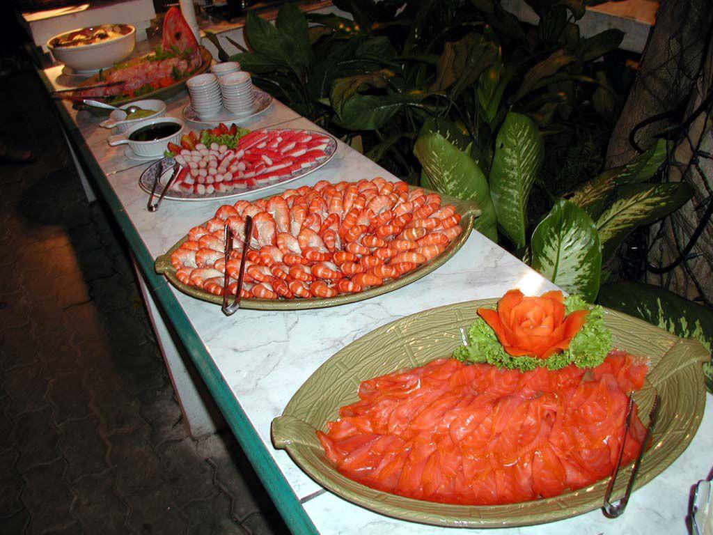 Vorspeisen beim Seafood Buffet des Pinnacle Resort Jomtien ...