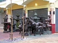 Bronzefiguren