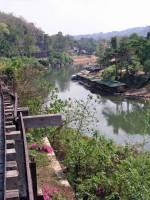 """Sai Yok, die original Bahnstrecke am """"River Kwai"""" (Khwae Noi) in Richtung Burma"""