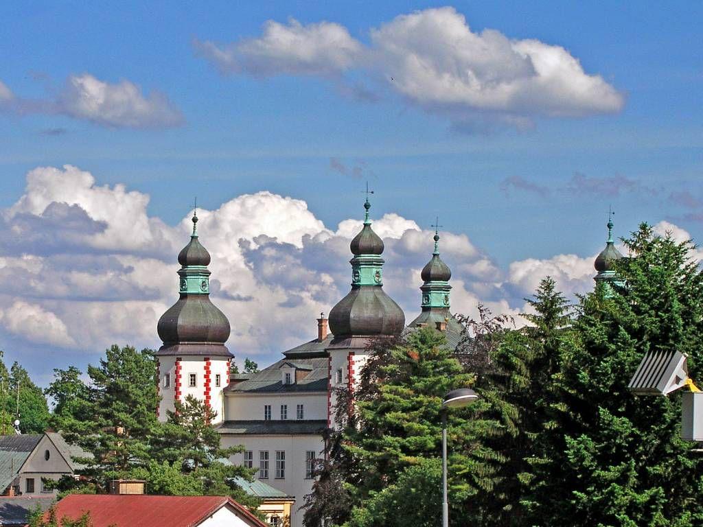Hohenelbe, Blick auf das Augustiner Kloster